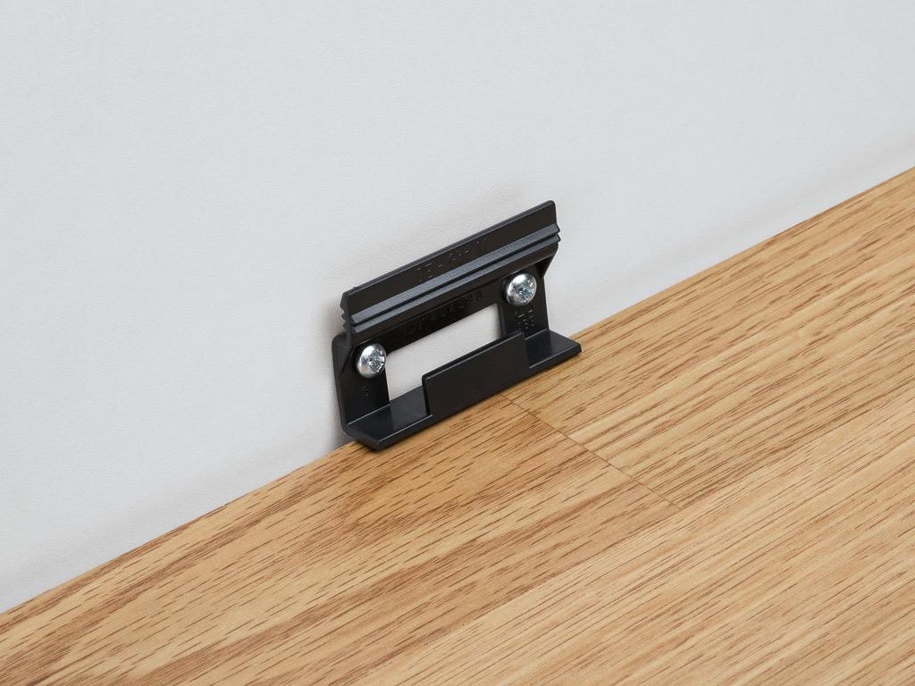 fussleisten befestigen machen sie den preisvergleich bei. Black Bedroom Furniture Sets. Home Design Ideas