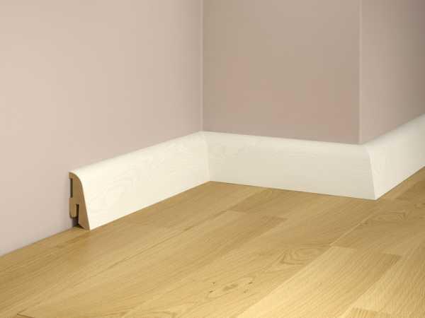 Sockelleiste SL-410 Esche weiß deckend Furnierleiste matt lackiert