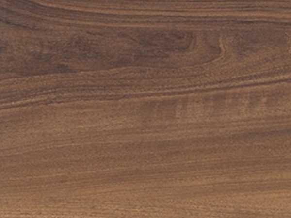 Laminat Italienischer Nussbaum Pore matt Tritty 100 Gran Via Landhausdiele