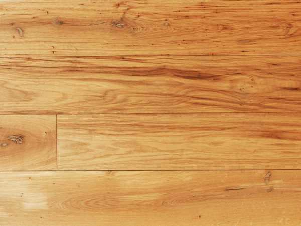 Massivholzdiele Eiche rustikal RM geschliffen natur-geölt