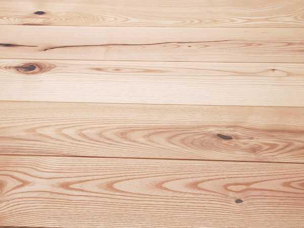 Massivholzdiele Esche Rustikal R geschliffen endgeölt