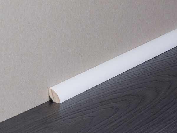 Sockelleiste RAL9010 lackiert Nadelholzkern Viertelstab