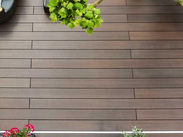 Terrassendiele DreamDeck WPC Platinum Braun
