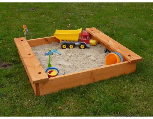 Sandkasten mit Sitzbrett und Schirmhalterung